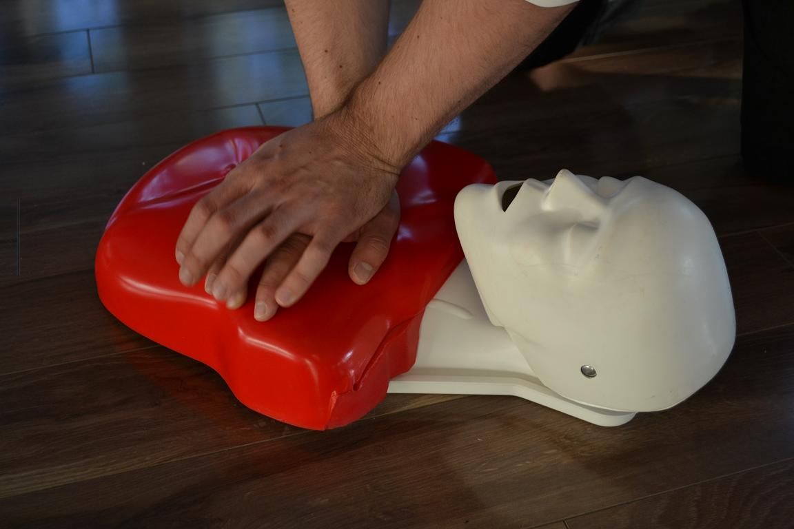 Different types of basic cpr training available in canada st mark james cpr training xflitez Image collections